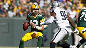 Aaron Rodgers Green Bay Packers Poster Print, ArtWork, American Football Player, Aaron Rodgers Decor, Real Player, Canvas Art, Posters for Wall SIZE 24''x32'' (61x81 cm)
