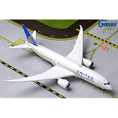 GeminiJets GJUAL1790 United B787-8 N27908: Toys & Games