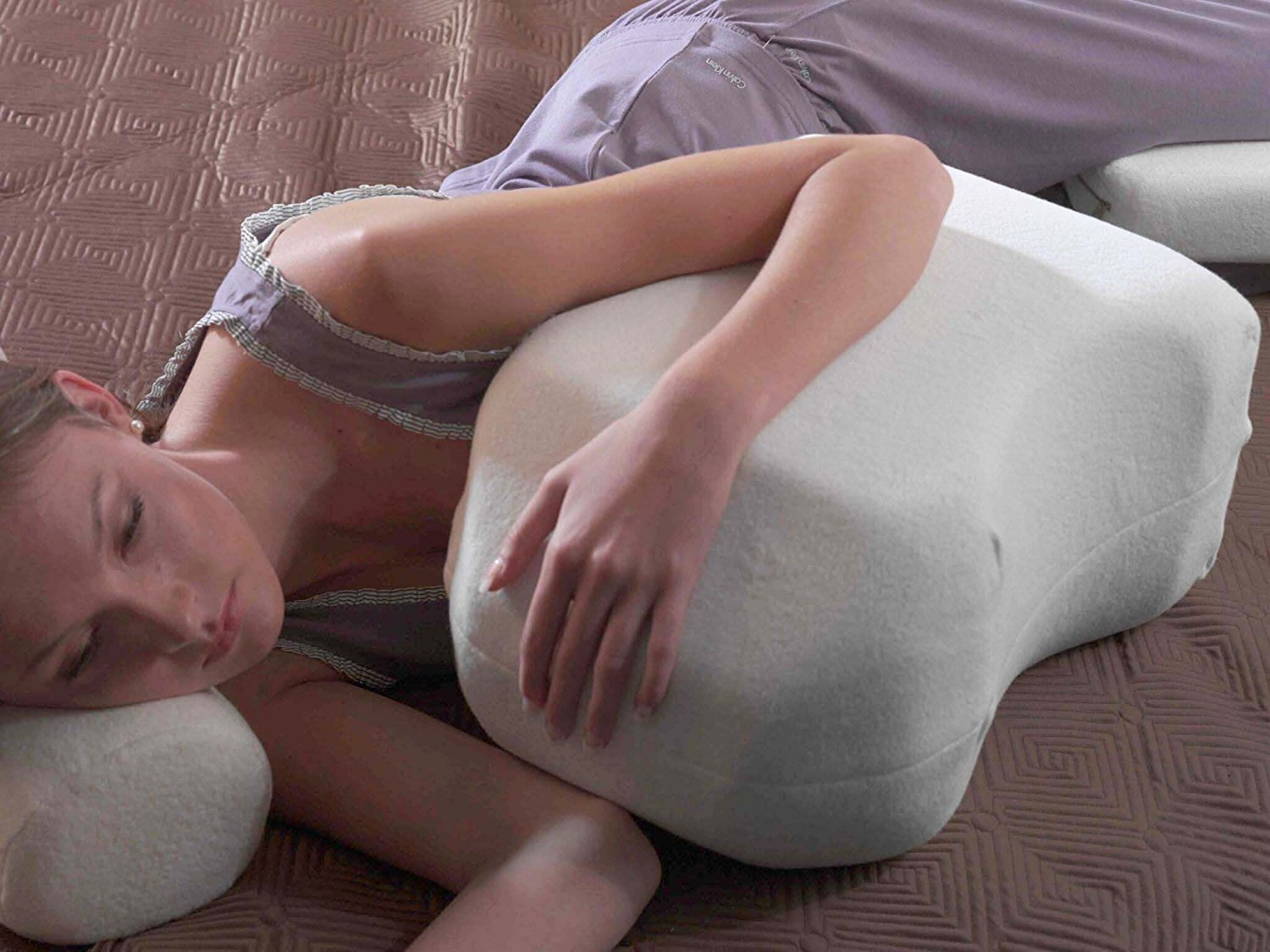 The Hug-T - Patented Geometry Shoulder Arm Side sleeping positions pillow (Small)