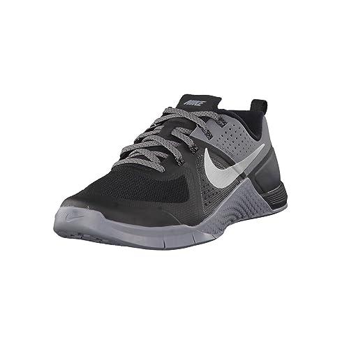 brand new 504a1 8afde Nike Men s Metcon 1, Black Metallic Silver-Cool Grey, ...