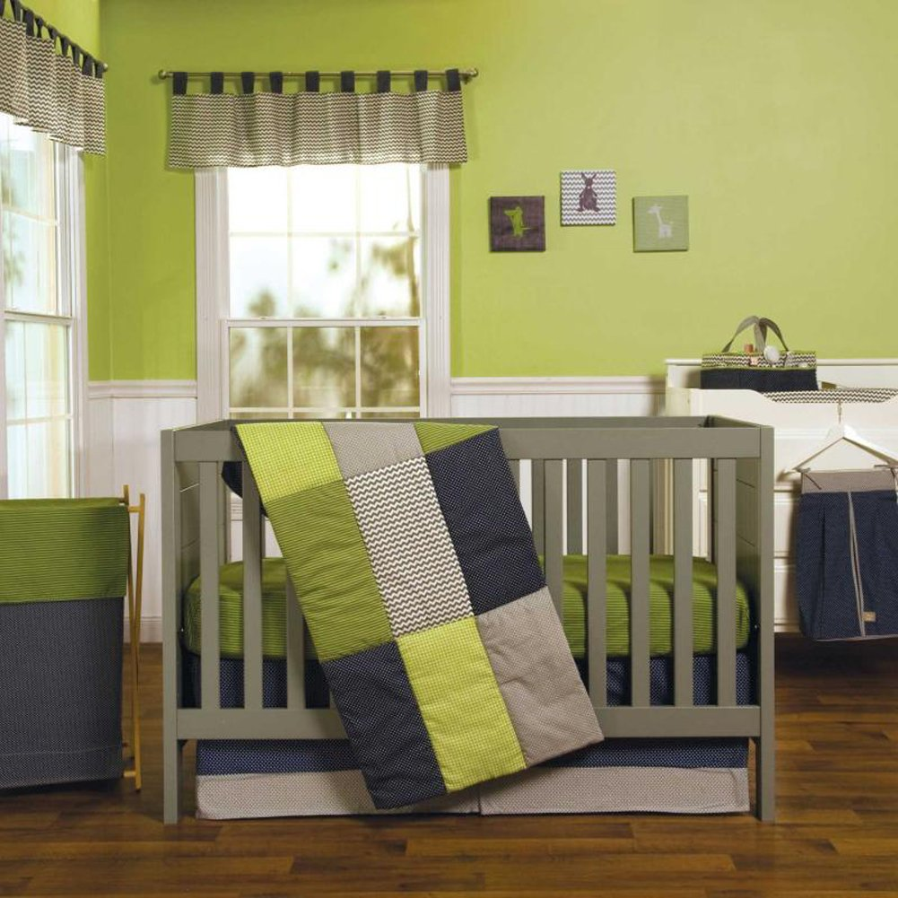 Perfectly Preppy 4 Piece Baby Crib Bedding Set with Bumper by Trend Lab