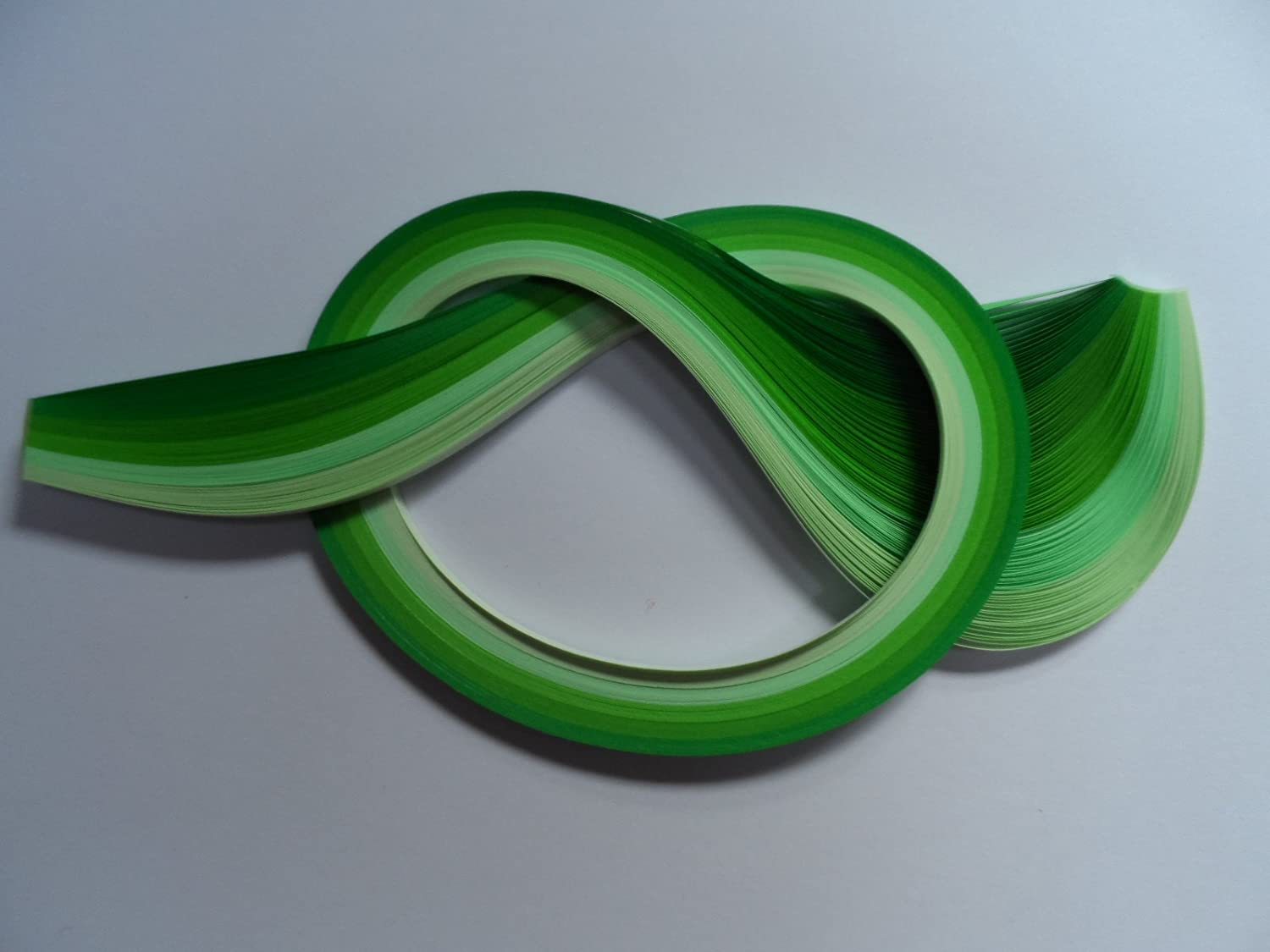 Quilling Papers 5mm, Pack of 100 - Assorted Greens Past Times Quilling