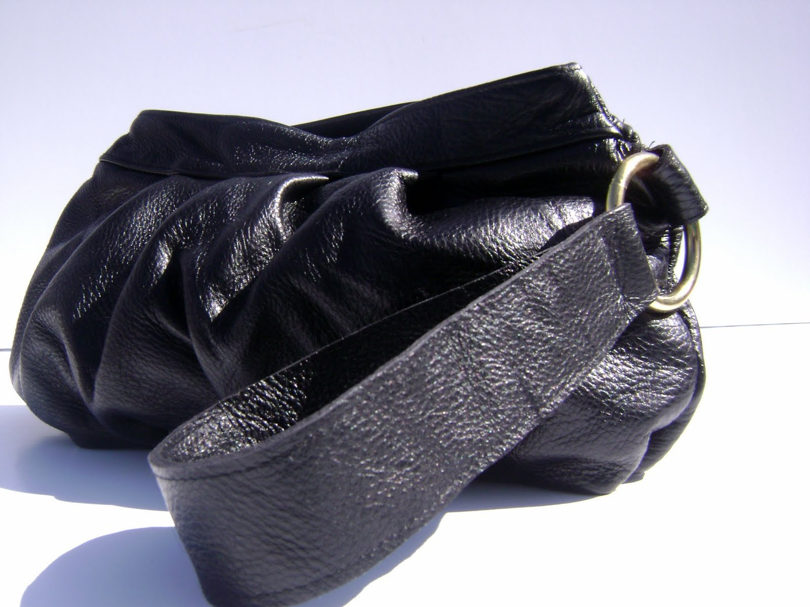 ROSA Large Black Leather Pleated Wristlet Clutch Purse