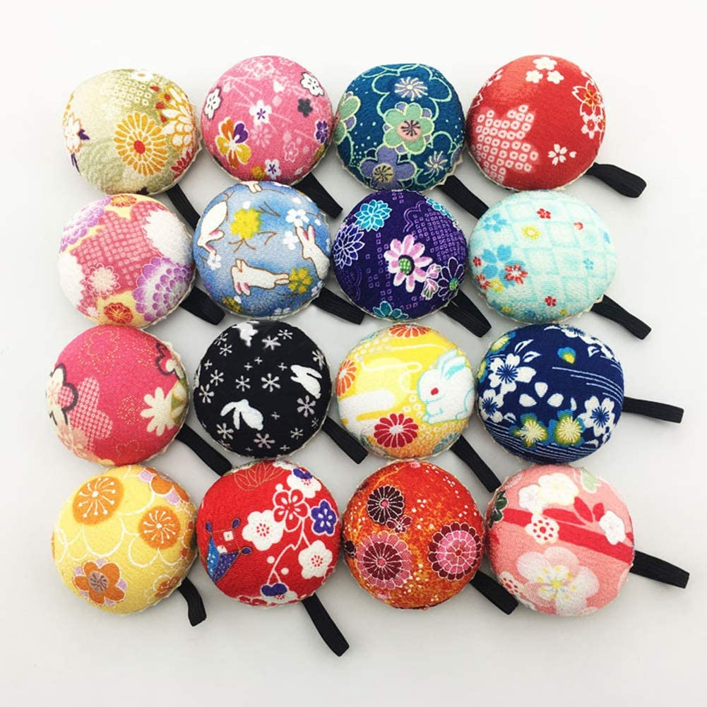 liyhh Sewing Pin Cushion Safety Round Cushion Holder with Elastic Wrist Strap DIY Sewing Kit for Needlework Random Color/&Pattern