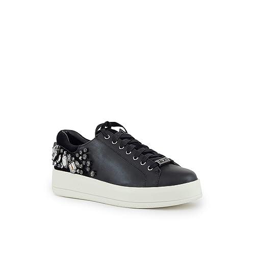 Sneakers Allacciate