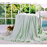 "DANGTOP Air Conditioning Cool Blanket with Bamboo Microfiber- Summer Thin Quilt Lightweight for Adults and Teens(79""X91"",Large Green)."