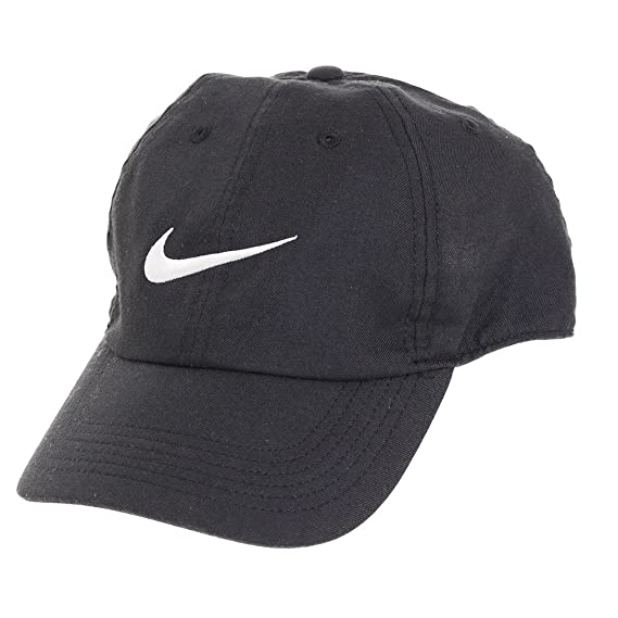 3d747e914c2 Nike Dri-FIT Train Twill Cap (Black and White)  Amazon.in  Clothing    Accessories