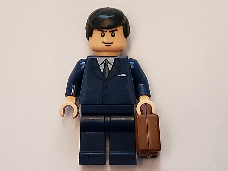 Bruce Wayne w/ Briefcase - LEGO Batman Figure