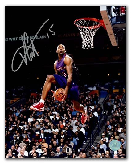 Image Unavailable. Image not available for. Color  Autographed Vince Carter  Photograph - Slam Dunk Contest ... f12775de8