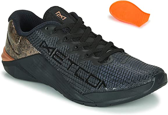 escapar medias cruzar  Amazon.com | Nike Women's Metcon 5 X Training Shoes (11, Black/Bronze) |  Fitness & Cross-Training