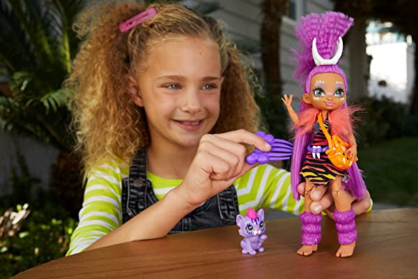 Cave Club fashion doll Roaralai toy for kids