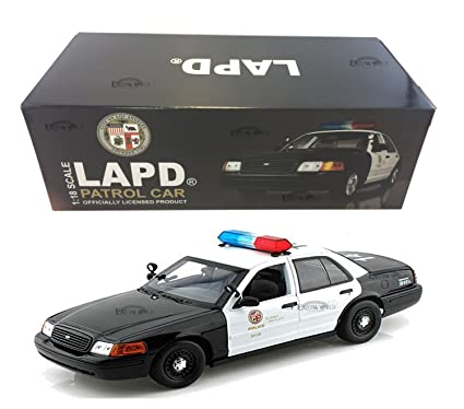 Amazon Com Ford Crown Victoria Los Angeles Police Lapd 1 18 Model