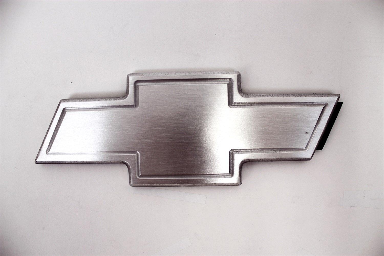 Street Scene 950-83066 Grille Gear Emblem