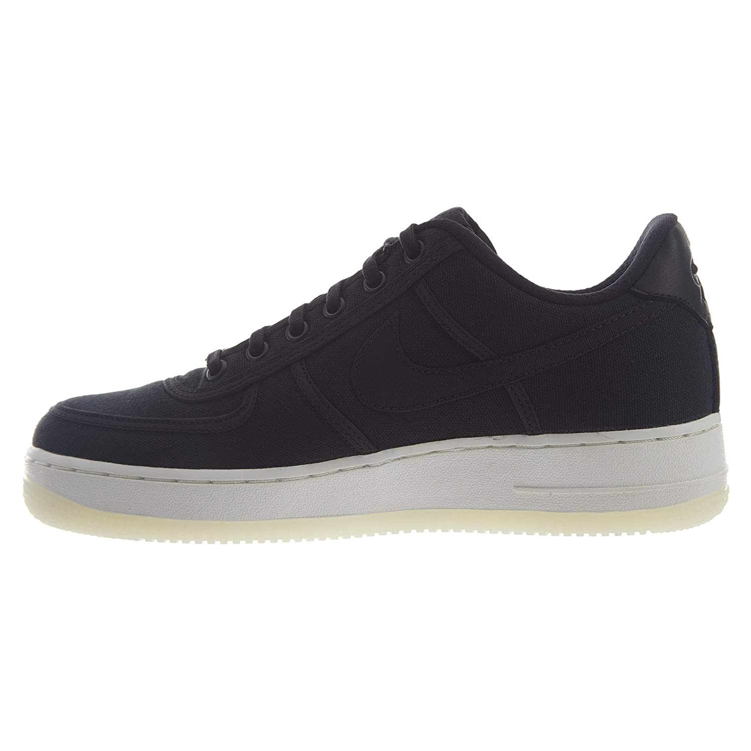 detailed pictures 5735c 3881e Amazon.com   Nike Air Force 1 Low Retro Qs CNVS Mens   Fashion Sneakers