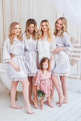 505ade2124 Amazon.com  Lace Trim Bridesmaid Robes
