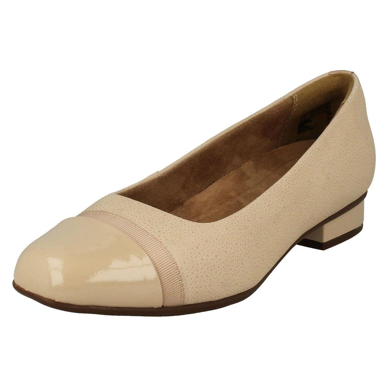 Clarks Keesha de Rosa, Chaussures Pour de Ville à Lacets Beige Pour Femme Beige Beige - f7d6a65 - shopssong.space