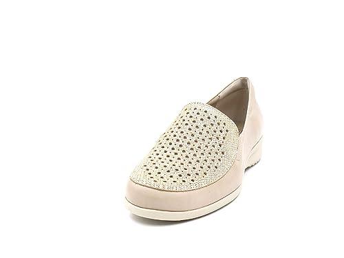 106e2788 Zapato Cómodos Mujer Tipo Mocasín Pitillos EN Piel Perforada Color Beige -  2702-600 (