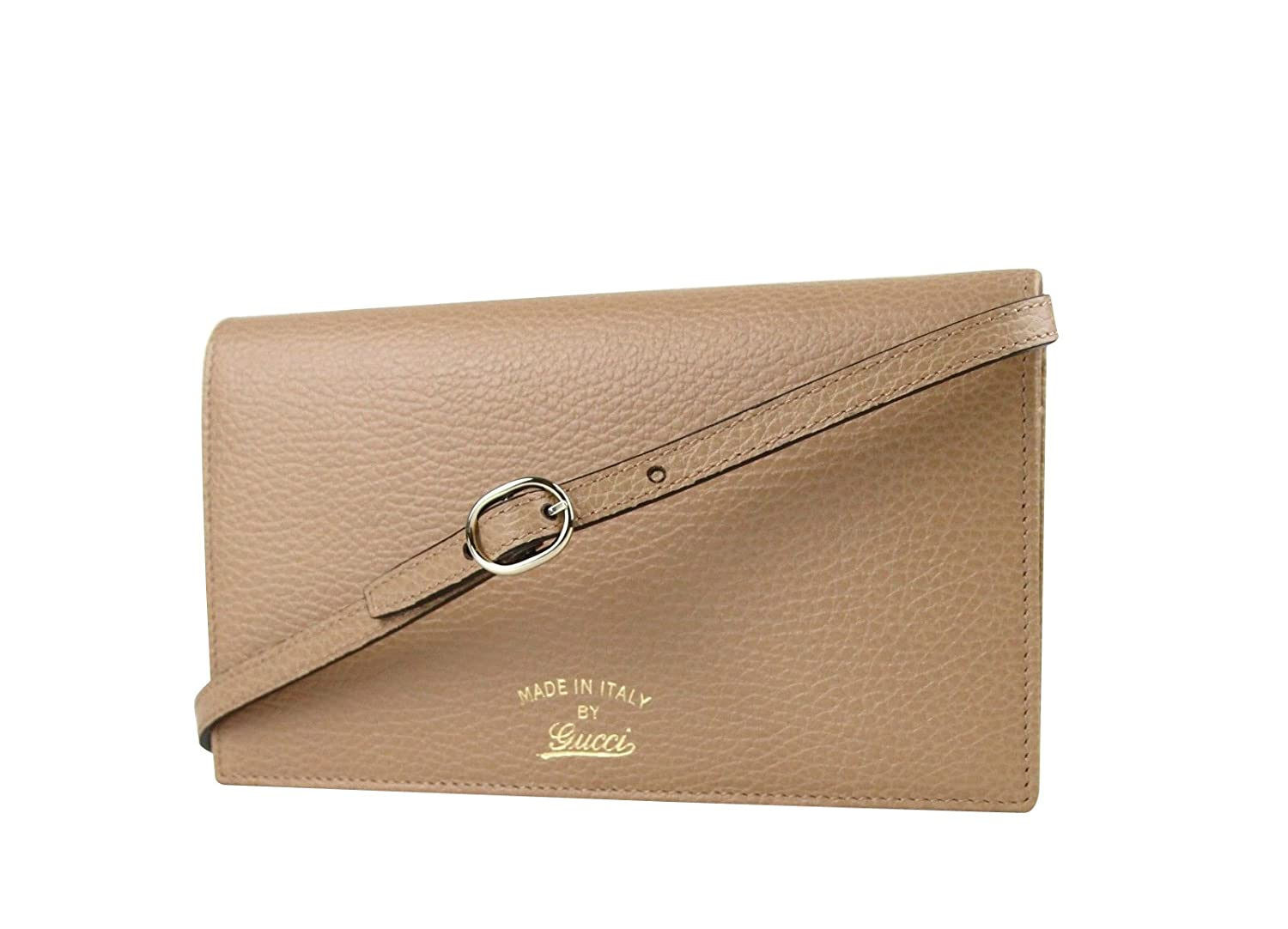e72f45a7110 Gucci Swing Tan Leather Crossbody Clutch Wallet 368231 2762 at Amazon  Women s Clothing store