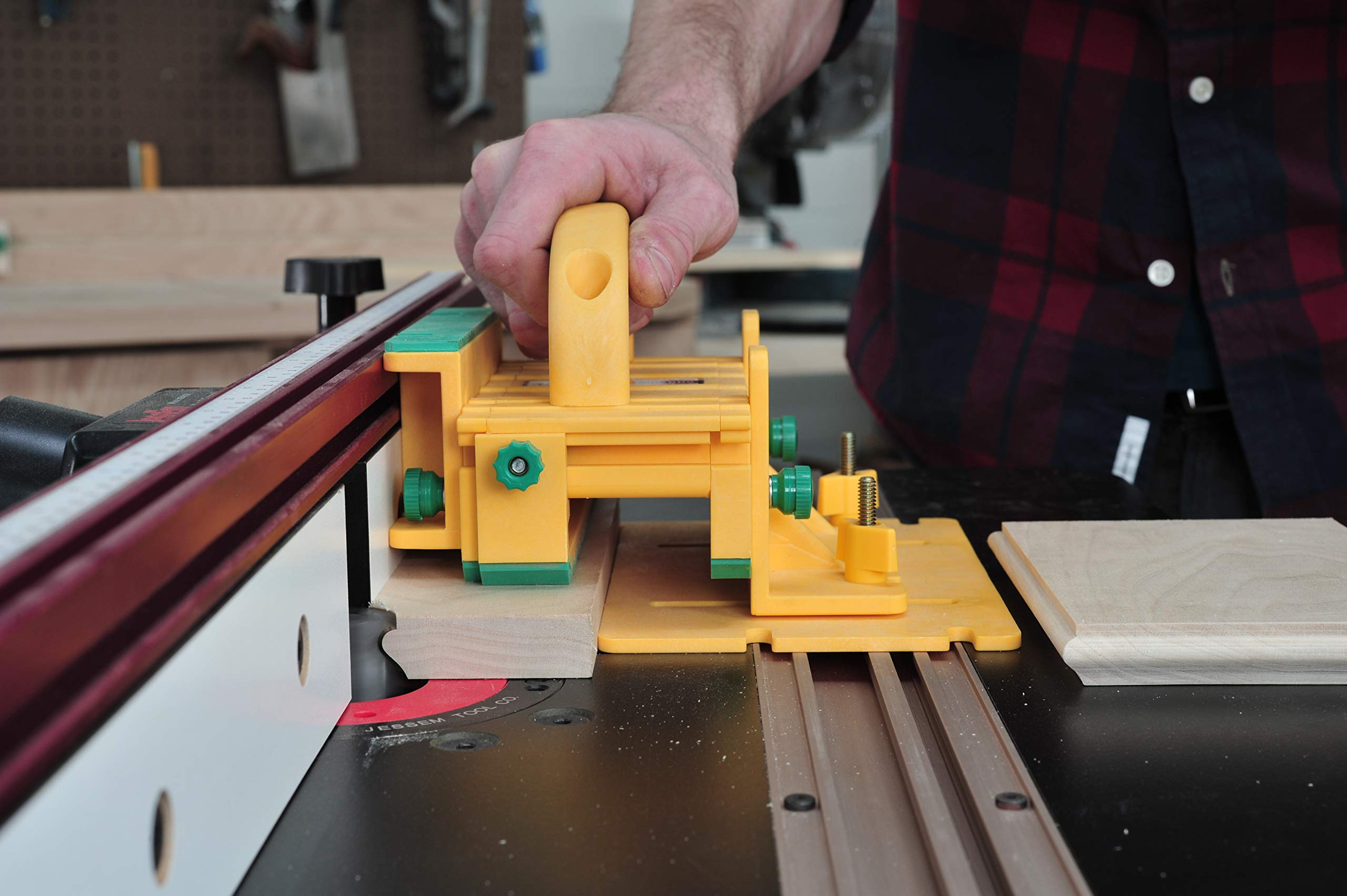 GRR-RIPPER Advanced 3D Pushblock for Table Saw, Router Table, Jointer, and Band Saw by MICROJIG by MICRO JIG