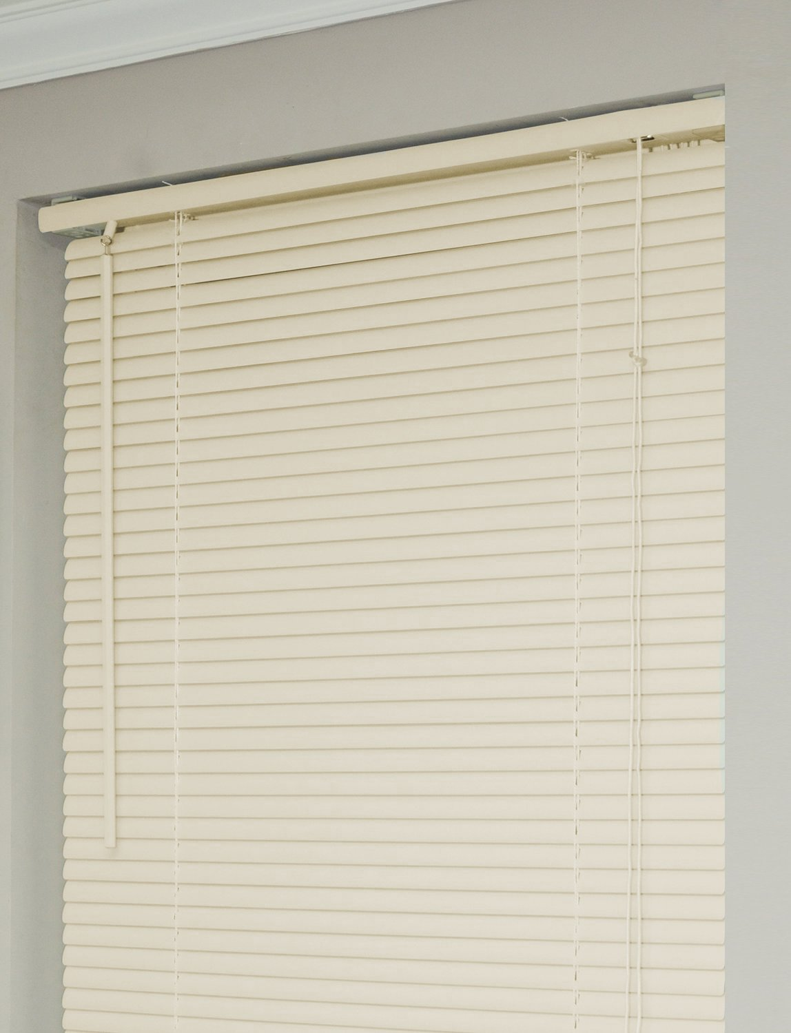 New 5th Ave Collection Alabaster Vinyl 1\ Mini Blinds - 32\ Wide x 72\ Long Naturally Home