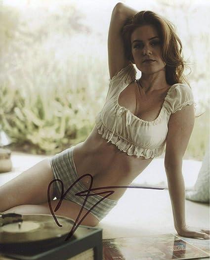isla-fisher-sexy-gym-pants-jessie-cave-nude-photos