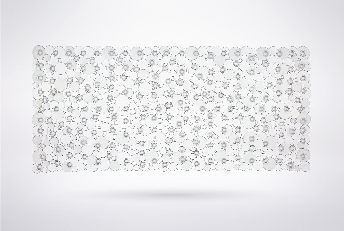 The Original KANGAROO (TM) Bath, Tub, and Shower Mat, 35 inches x 16 inches, Machine Washable, Anti-Bacterial, Bubble Design, Extra Large Size (Clear)