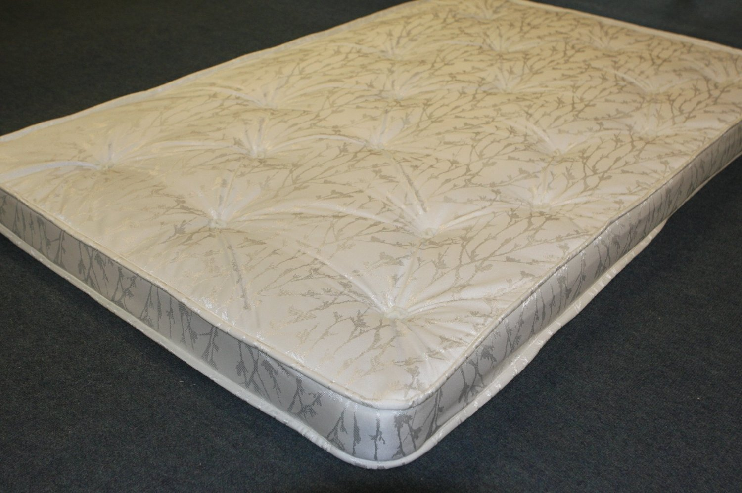 115cm x 181cm SaveOnGoodsUK Replacement spring sofabed bed settee mattress. Metal action sprung Put You Up sofa matress. Double & Small double made to size (Small double 115cm (W) x 181cm (L))