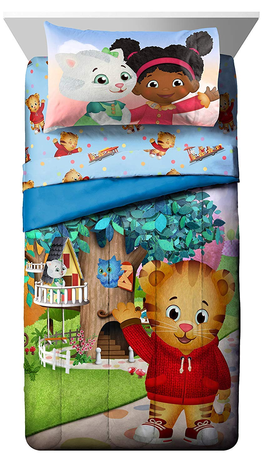 PBS Kids Daniel Tiger Treehouse Pals Twin Comforter, Blue/Green