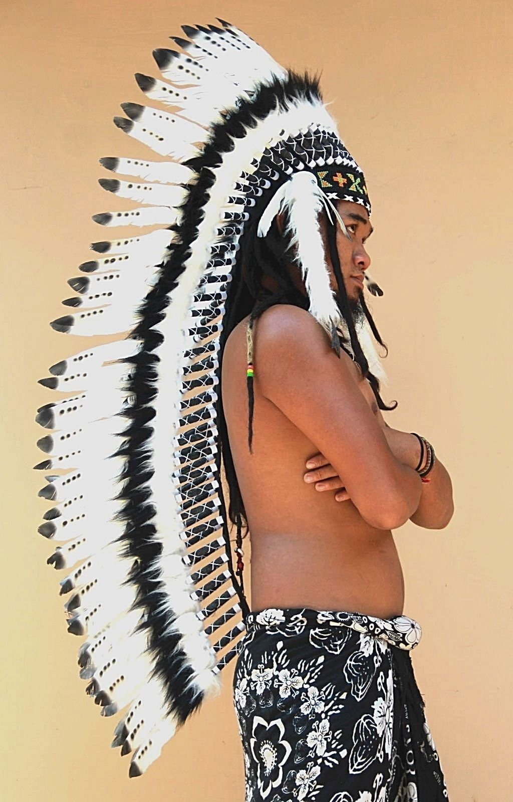 OMA Indian Inspired Headdress Native American Style Feather Headdress - XL SIZE-36'' L - Real Feathers Brand (Black)
