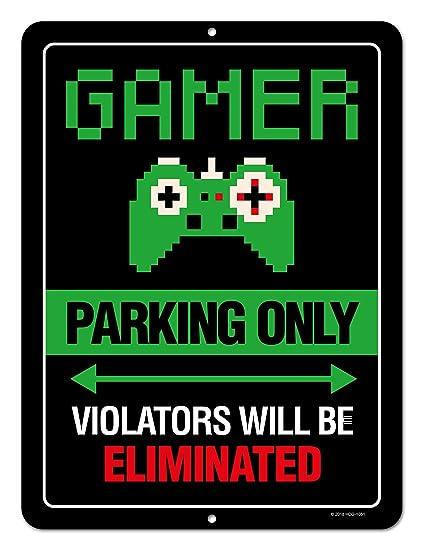 Decoración de sala de juegos, aparcamiento solo los ...
