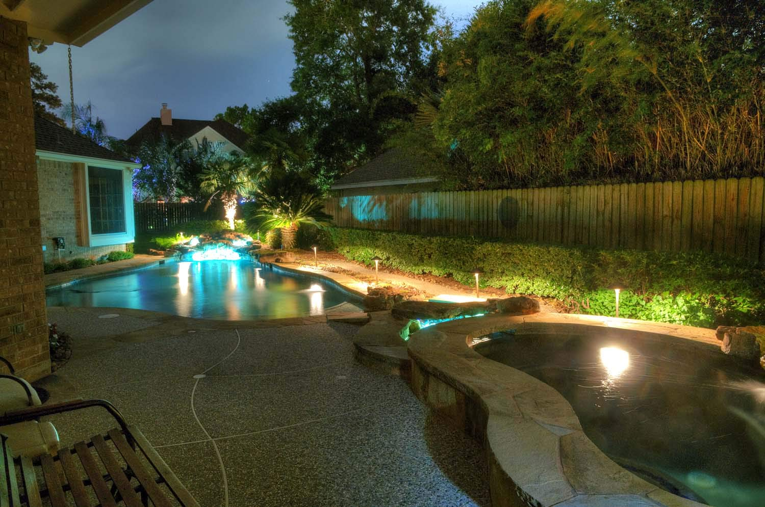 Underwater Light by MIK Solutions Solid Brass 7WMR16 LED Bulb Pond Light Submersible Waterfall Pool Fountain Light for Beautiful Bright Long Lasting Home Garden Patio Pool Area Lighting by MIK Solutions Outdoor Lighting (Image #4)