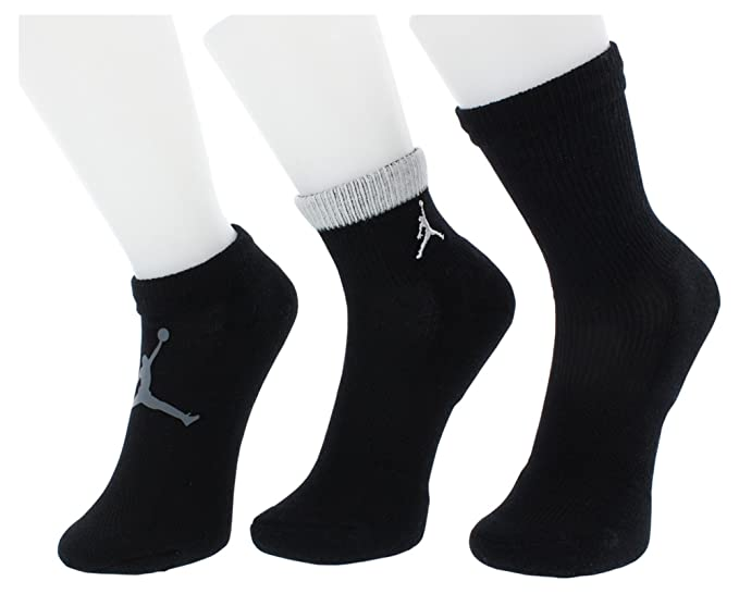 e91f5c85ec901 Amazon.com: Jordan Mesh Waterfall 3 Pack Socks Boys Size 5Y-7Y: Clothing