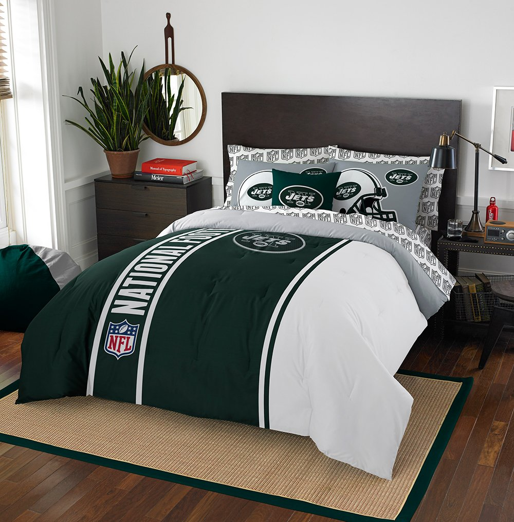 NFL New York Jets Soft & Cozy 7-Piece Full Size Bed in a Bag Set by Northwest (Image #1)