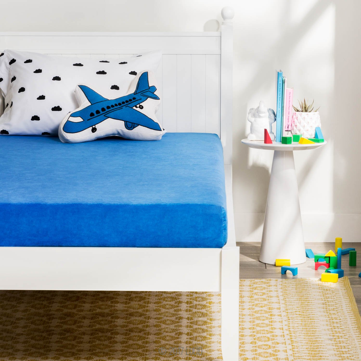LUCID 6 Inch Youth Gel Memory Foam Mattress - Velour Cover - Great for Children and Teens - Full - Blue