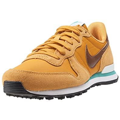 sale retailer a3b69 8df97 NIKE Women s 828407-700 Fitness Shoes, Gold (Gold Leaf Hazelnut   Barely