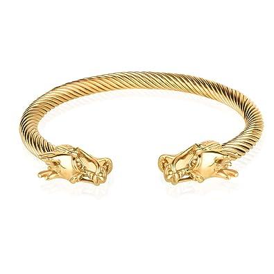 57a356c3b62f Con este brazalete tu look cambiará por completo. Un modelo muy original  con una ligera capa de oro que te dará un toque radical y rebelde.