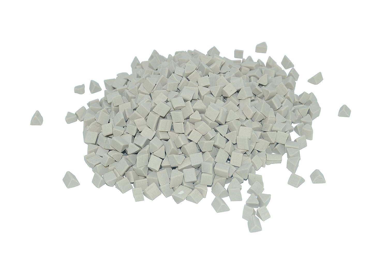 Proops 1kg Off-White Triangle Triangular Prism Ceramic Media Bearings Shot Tumbling Tumbler Polishing Metal. (J2103) Free UK Postage