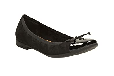 Clarks Womens Smart Clarks Atomic Retro Textile Shoes In