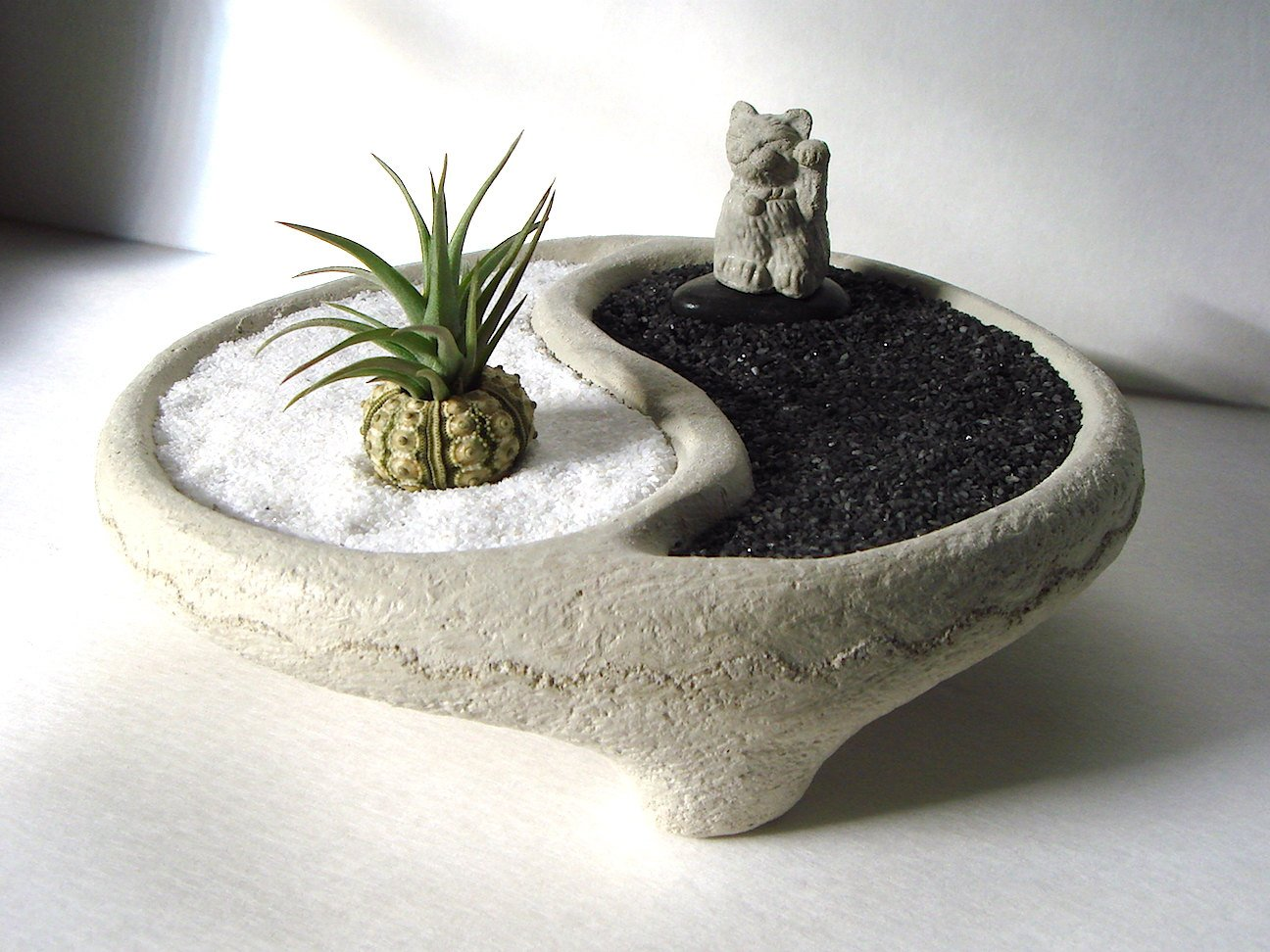 Yin Yang Stone Bowl + Micro Lucky Cat Maneki Neko + Air Plant Zen Garden
