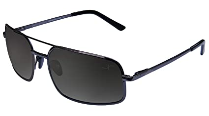 15e6384100 Amazon.com  Xezo Mens Air Commando 100% Titanium Polarized Large ...