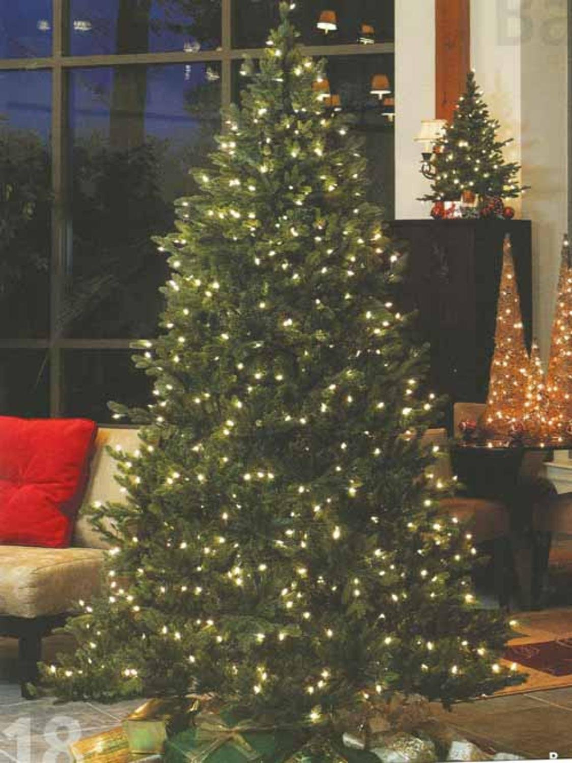 Amazoncom GKI Bethlehem Lighting Pre Lit Savannah Spruce