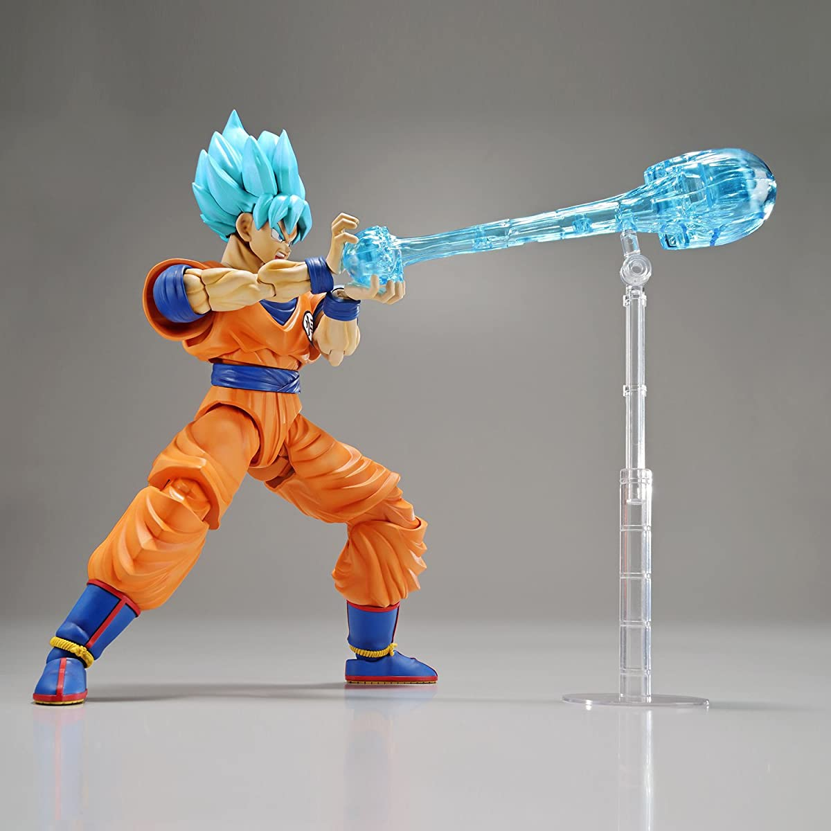 Bandai Hobby Dragon Ball Super: Super Saiyan God Super Saiyan Son Goku Figure-Rise Plastic Model Kit