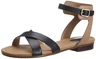 Clarks Women's Viveca Zeal (Fit D) Leather Fashion Sandals Fashion Sandals at amazon