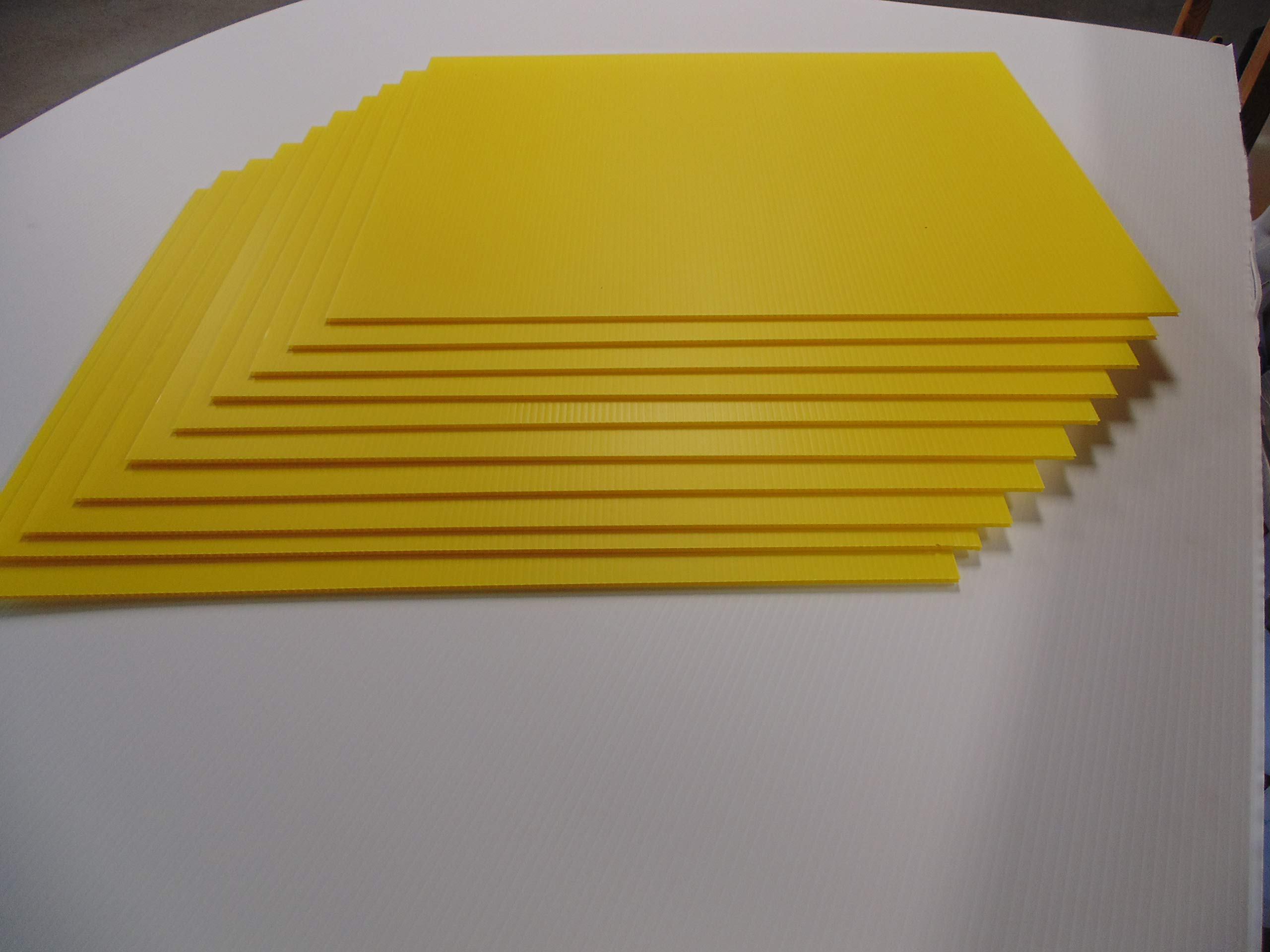 10 Yellow Signs Blank 18''x24'' & 10 Double H 10''x30'' Stakes