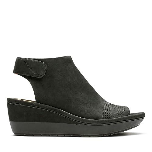 151a83f02290 Clarks Wynnmere Abie Nubuck Sandals in Black Standard Fit Size 3½ ...