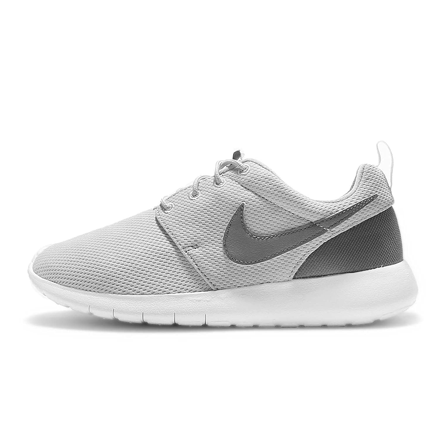 d445bd34fd5 Nike Boys' Grade School Roshe One Casual Shoes Wolf Grey/Cool Grey/White (7)