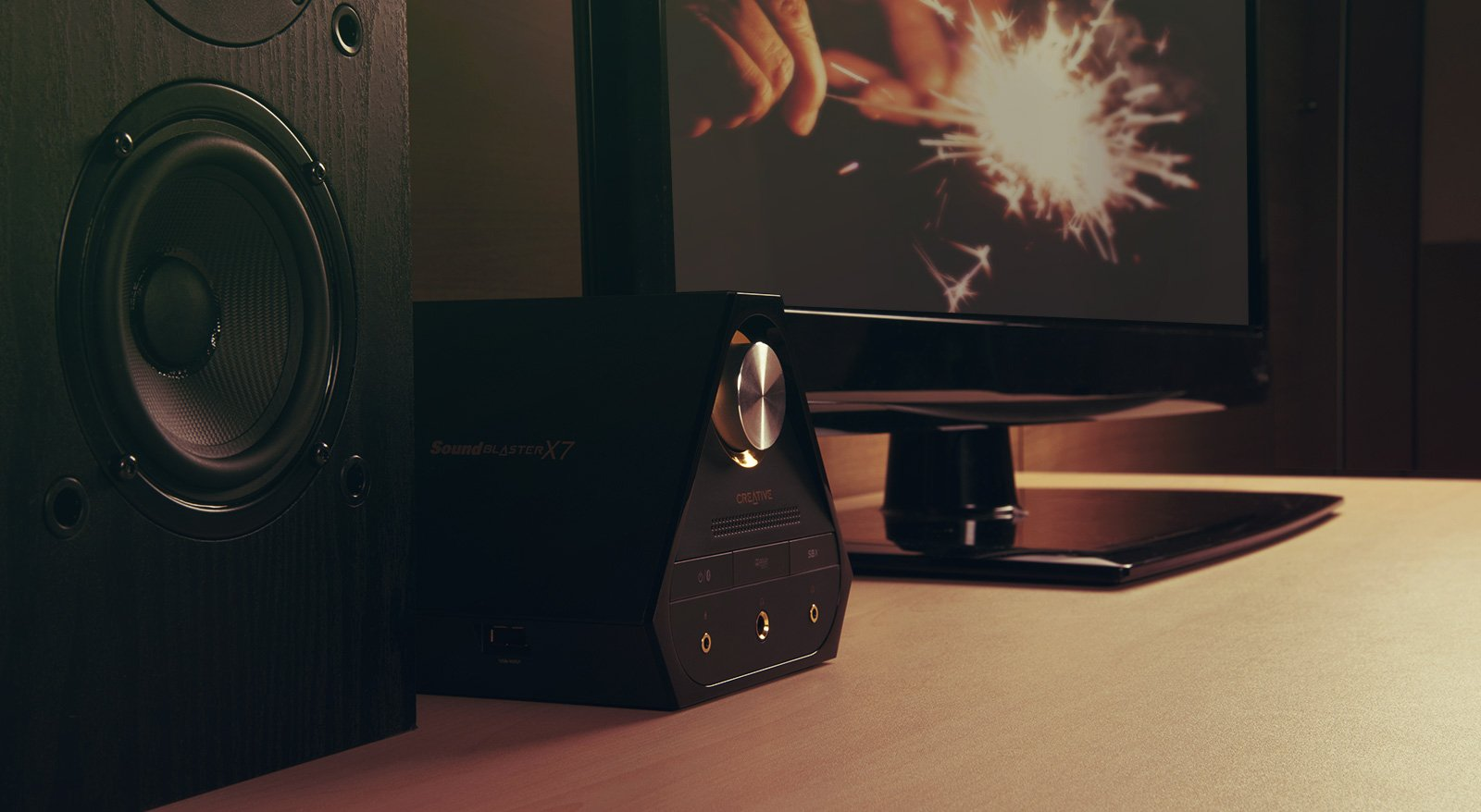 Creative Sound Blaster X7 High-Resolution USB DAC 600 ohm Headphone Amplifier with Bluetooth Connectivity by Creative (Image #7)