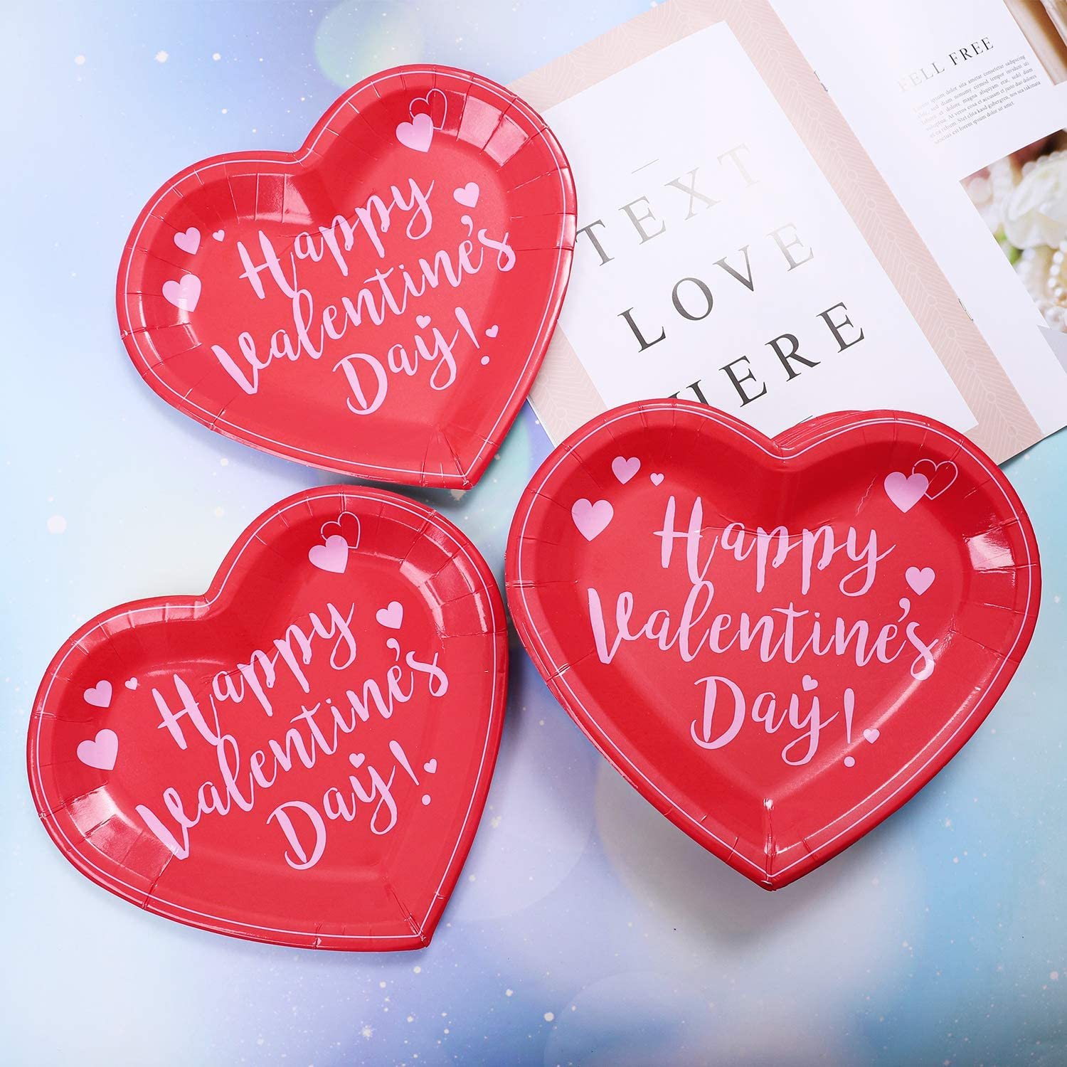 Valentine/'s Day theme confetti pack 150 or 300-pieces cardstock 25 or 50 of each image Pack A