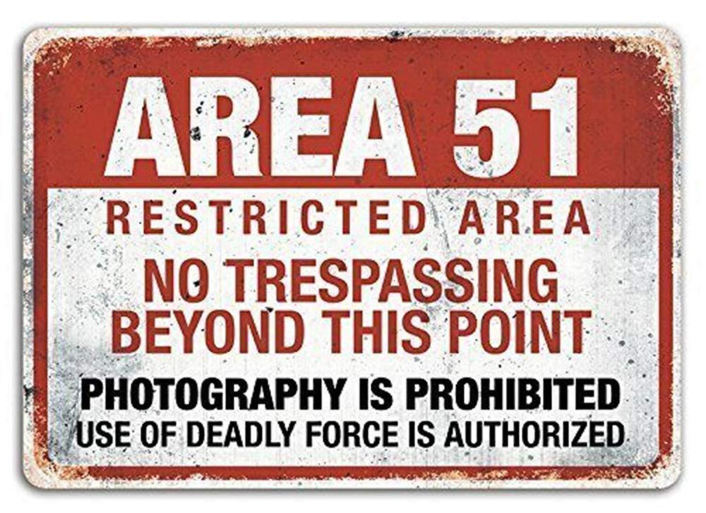 DGBELL Area 51 Cartel de Pared de Chapa Decoraci/ón de Arte de Pared Placa de Metal Vintage Cartel Retro Hombre Cueva Patio Teatro Regalo