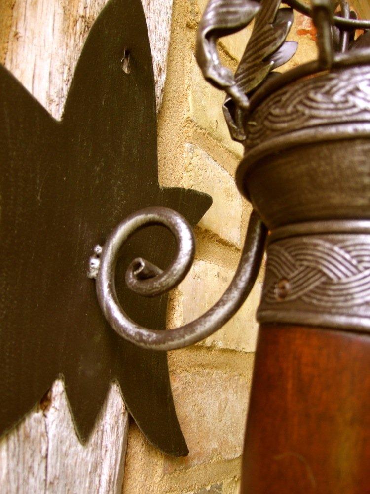 mittelalterliche Burgfackel stilvoller Wandkerzenhalter Fackel aus Massivholz und geschmiedeten Metall Antikas